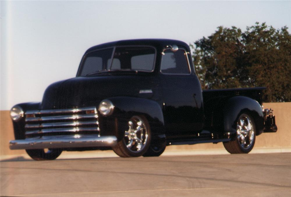 1948 CHEVROLET 3100 THRIFTMASTER CUSTOM PICKUP - Front 3/4 - 70915