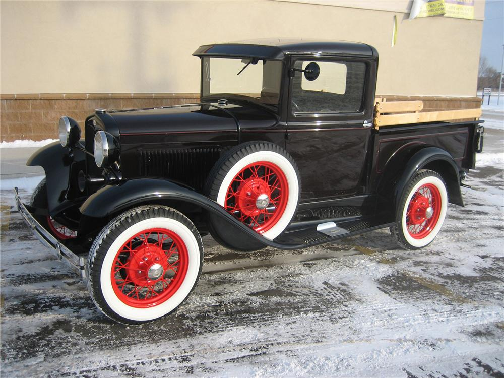 1931 FORD MODEL A PICKUP - Front 3/4 - 70924