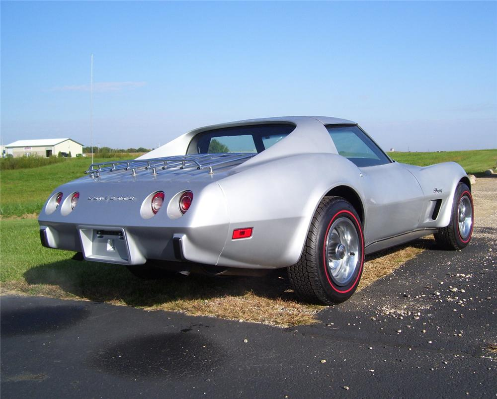 1975 CHEVROLET CORVETTE COUPE - Rear 3/4 - 70939