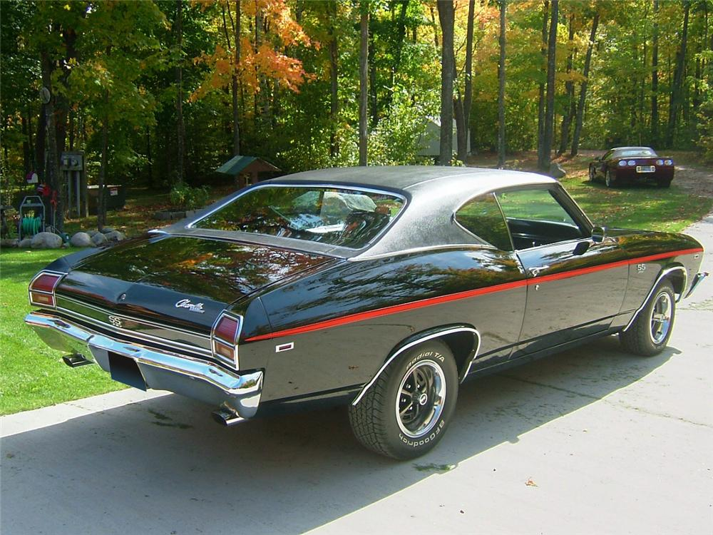 1969 CHEVROLET CHEVELLE SS 396 2 DOOR COUPE - Rear 3/4 - 70951