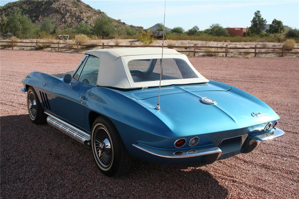 1965 CHEVROLET CORVETTE CONVERTIBLE - Rear 3/4 - 70956