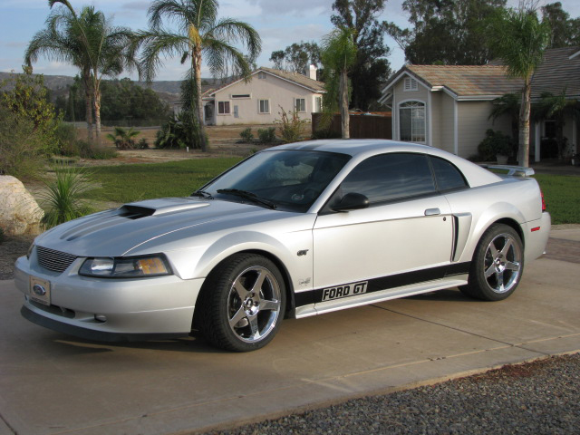 2003 FORD MUSTANG GT CUSTOM COUPE - Front 3/4 - 70959