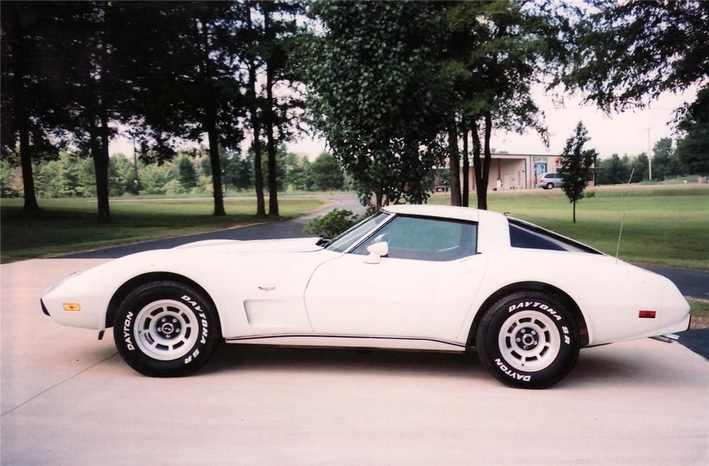 1978 CHEVROLET CORVETTE COUPE - Side Profile - 70963