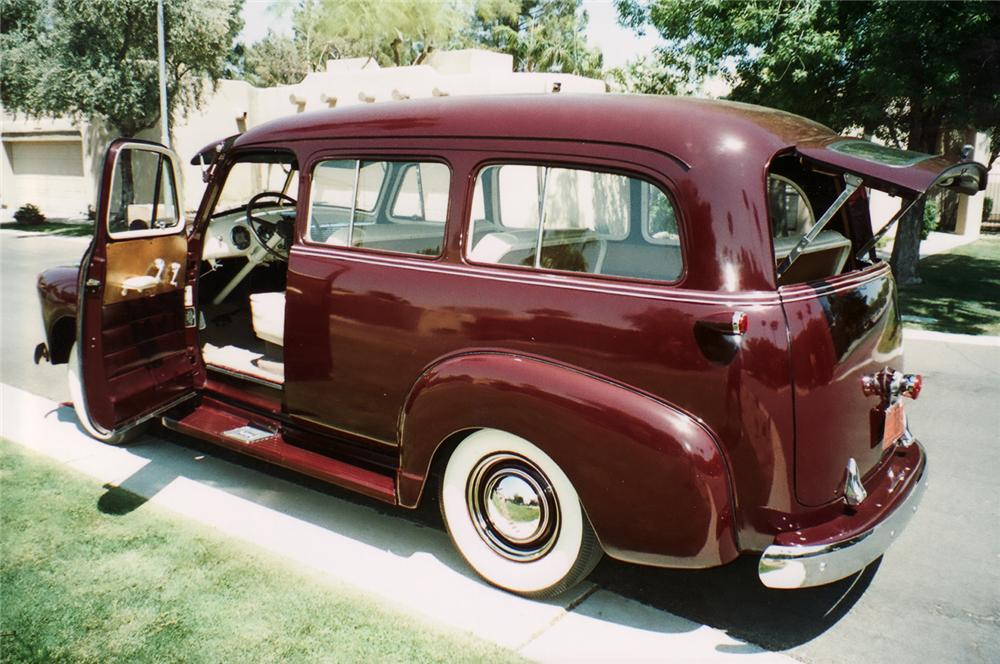 1951 CHEVROLET SUBURBAN CARRYALL SUV - Rear 3/4 - 70972