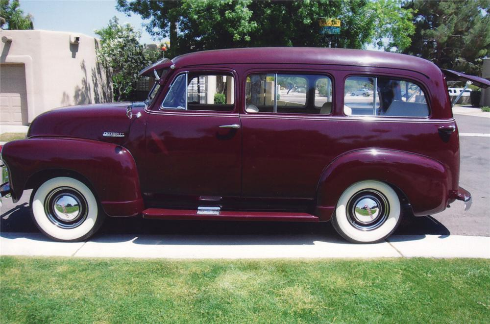 1951 CHEVROLET SUBURBAN CARRYALL SUV - Side Profile - 70972