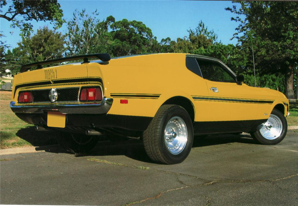 1971 FORD MUSTANG FASTBACK - Rear 3/4 - 70977