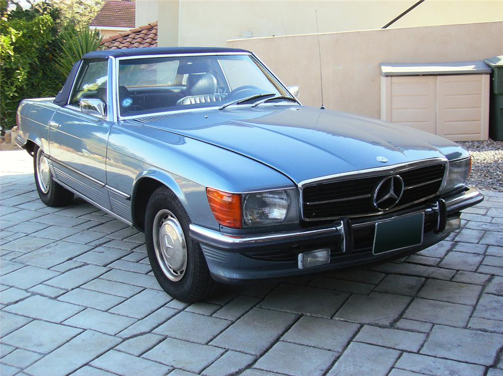 1973 MERCEDES-BENZ 450SL CONVERTIBLE - Front 3/4 - 71037