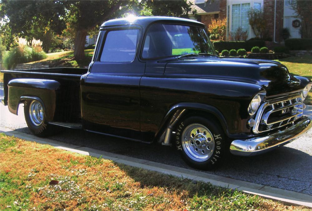 1957 CHEVROLET 3200 CUSTOM PICKUP - Front 3/4 - 71040