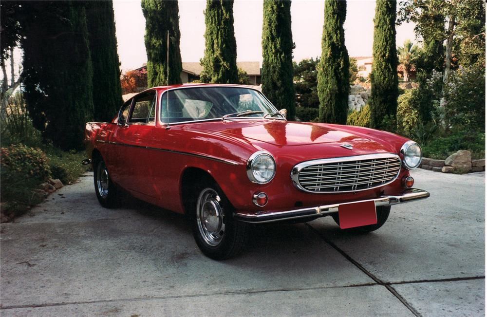 1967 VOLVO P1800 S COUPE - Front 3/4 - 71042