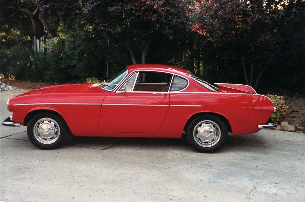 1967 VOLVO P1800 S COUPE - Side Profile - 71042