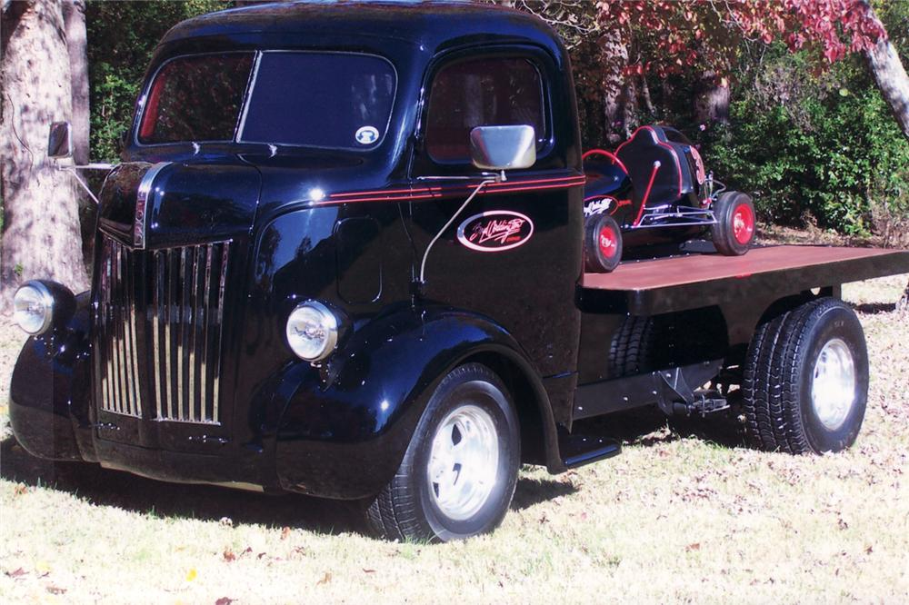1948 FORD CAB OVER CUSTOM TRUCK W/MIDGET RACER - Front 3/4 - 71045