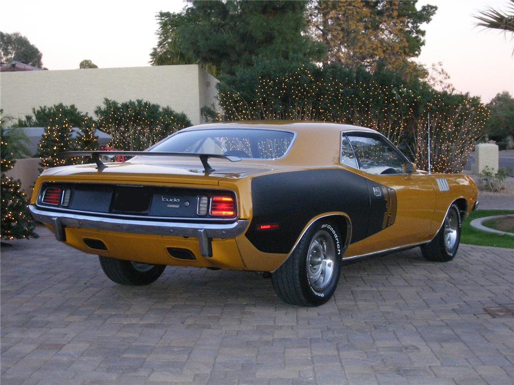 1971 PLYMOUTH CUDA 2 DOOR HARDTOP - Rear 3/4 - 71046