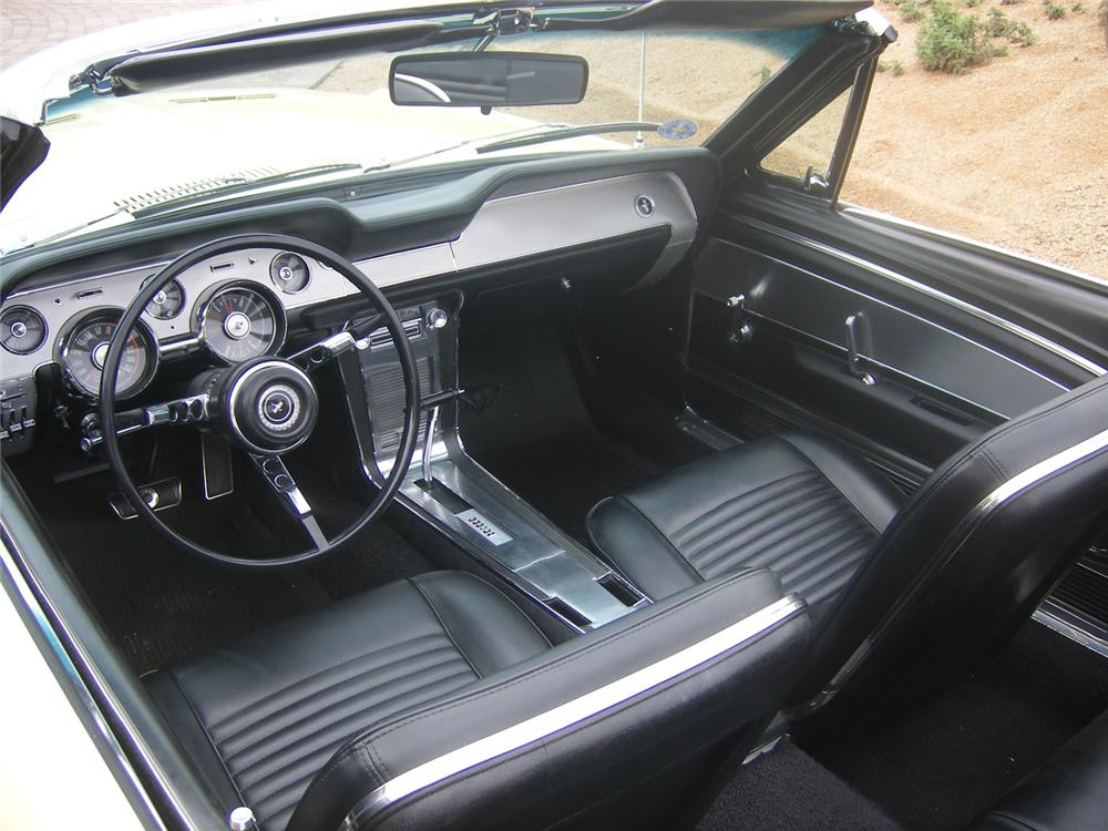 1967 FORD MUSTANG GTA CONVERTIBLE - Interior - 71048