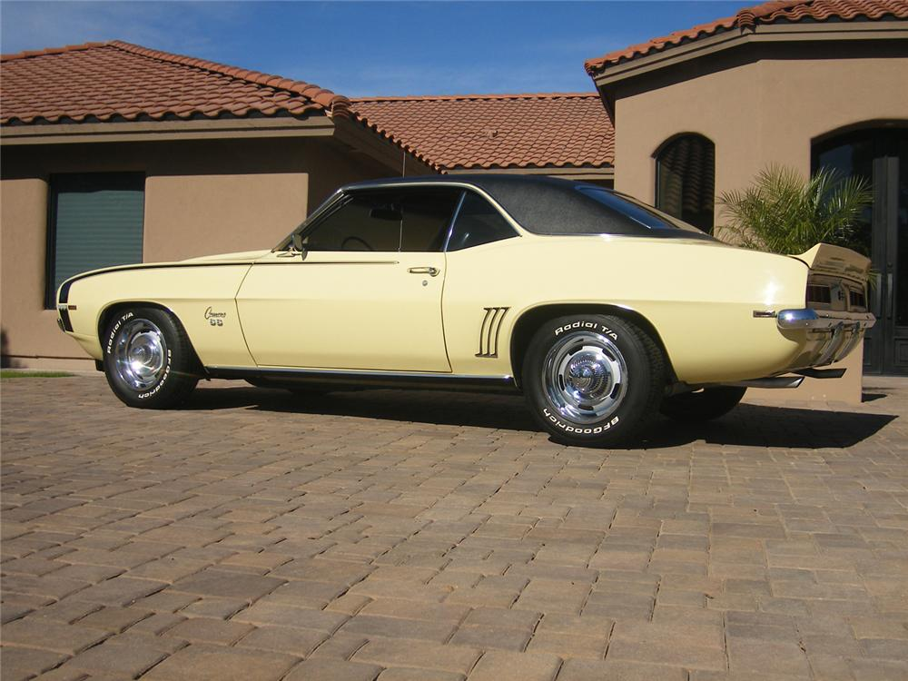 1969 CHEVROLET CAMARO SS COUPE - Side Profile - 71050