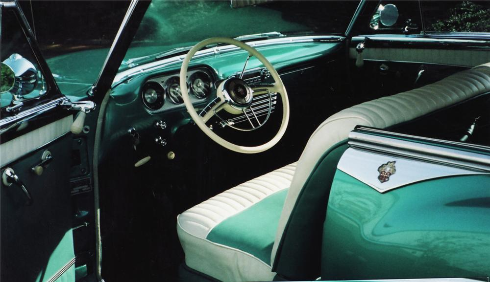1953 PACKARD CARIBBEAN CONVERTIBLE - Interior - 71056