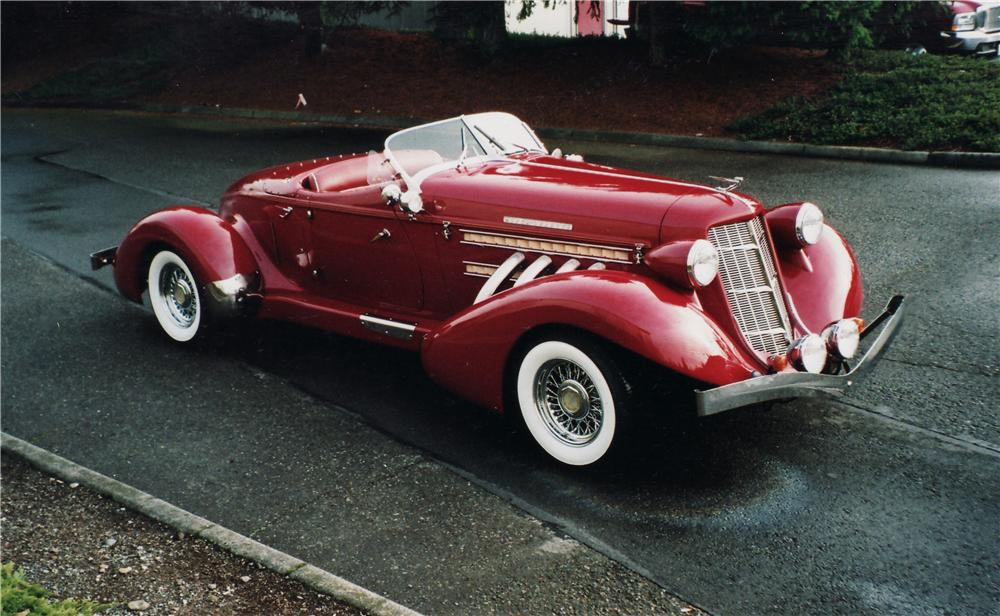 1935 AUBURN BOATTAIL SPEEDSTER RE-CREATION - Front 3/4 - 71057