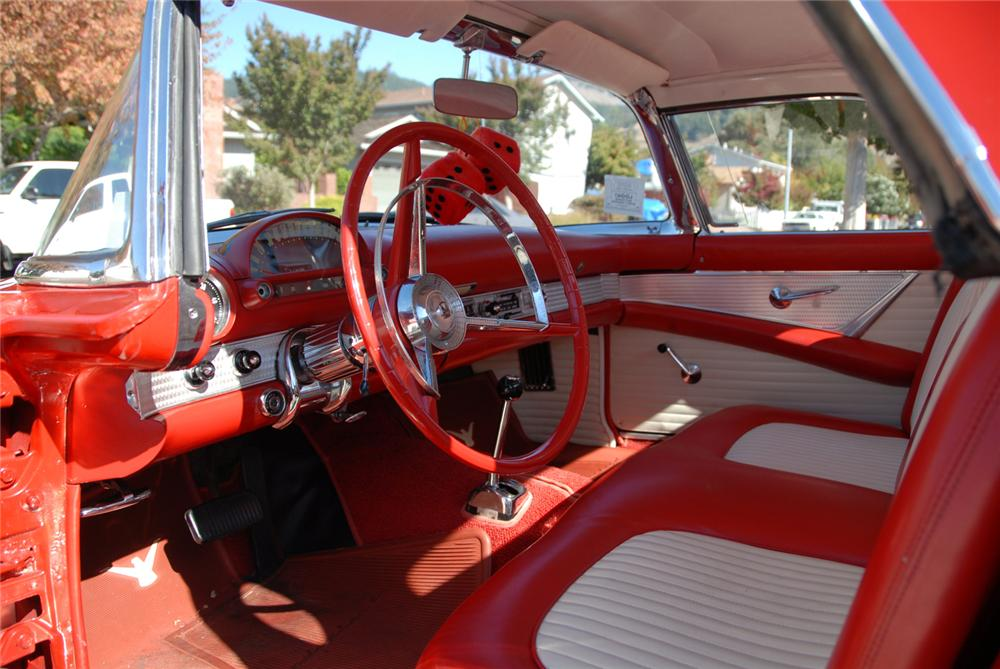1956 FORD THUNDERBIRD CONVERTIBLE - Interior - 71071