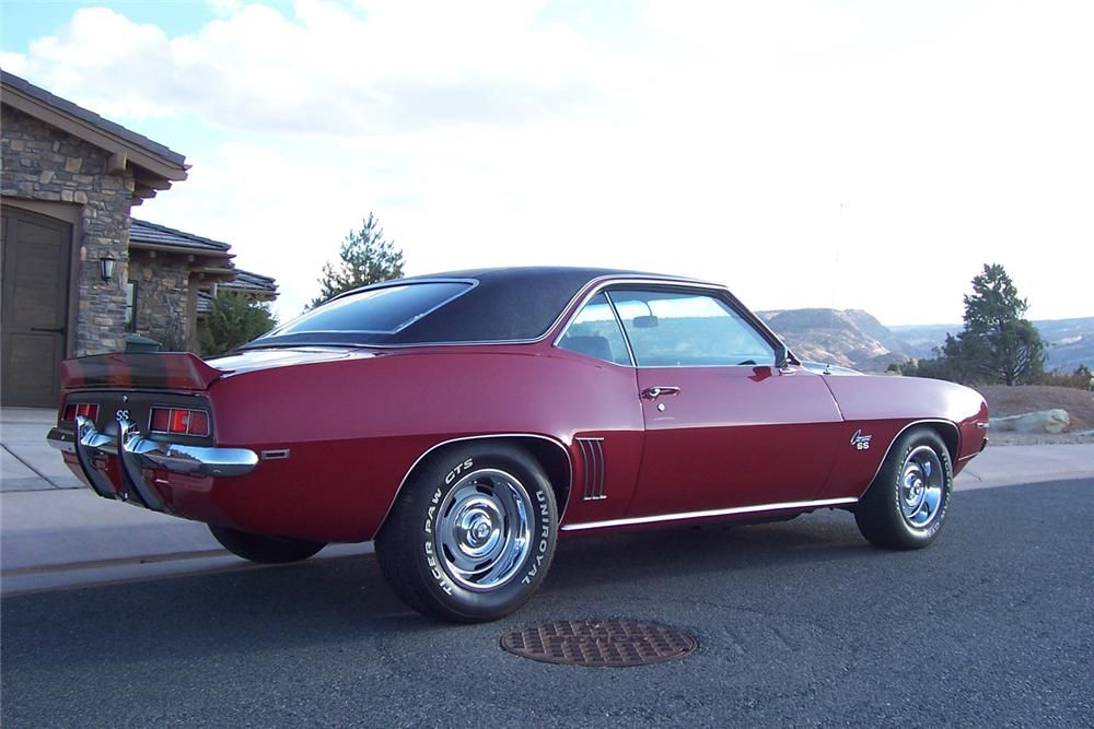 1969 CHEVROLET CAMARO COUPE - Rear 3/4 - 71077