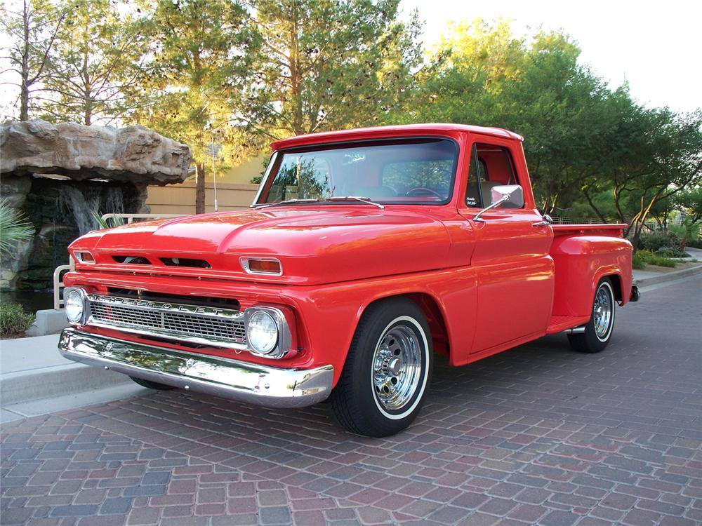 1966 CHEVROLET C-10 STEP-SIDE CUSTOM PICKUP - Front 3/4 - 71082