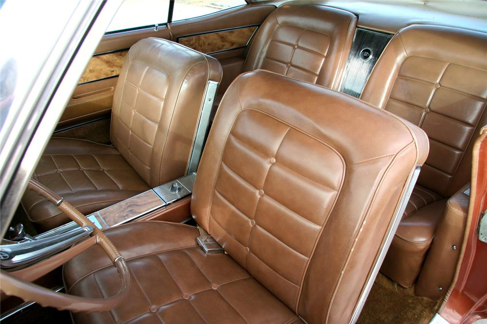 1964 BUICK RIVIERA 2 DOOR COUPE - Interior - 71083