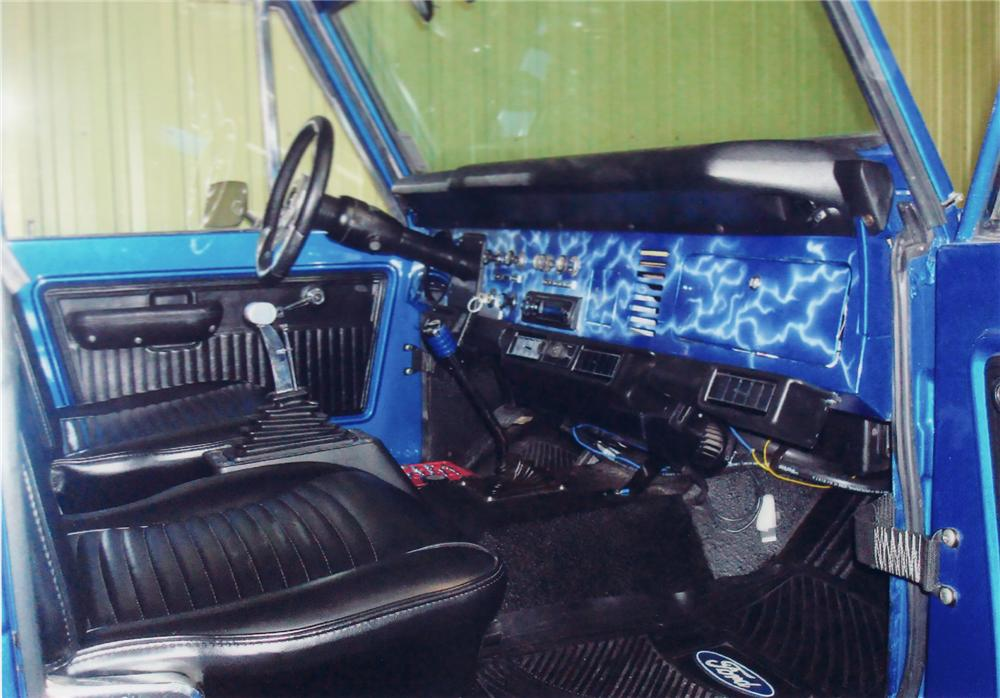 1974 FORD BRONCO CONVERTIBLE - Interior - 71096