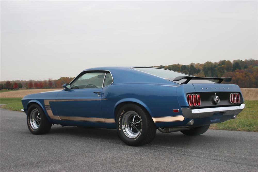 1969 FORD MUSTANG BOSS 302 FASTBACK - Rear 3/4 - 71105
