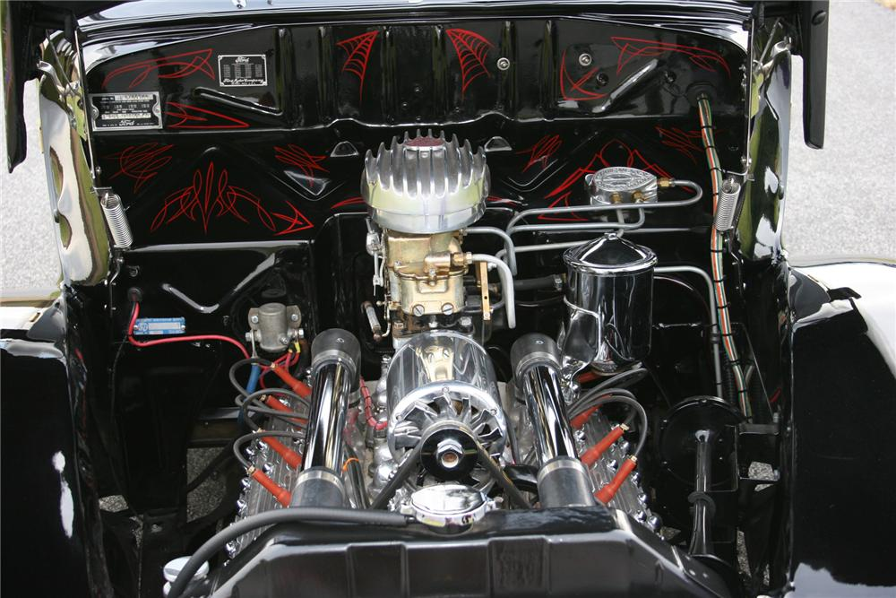 1940 FORD DELUXE 2 DOOR HOT ROD COUPE - Engine - 71106
