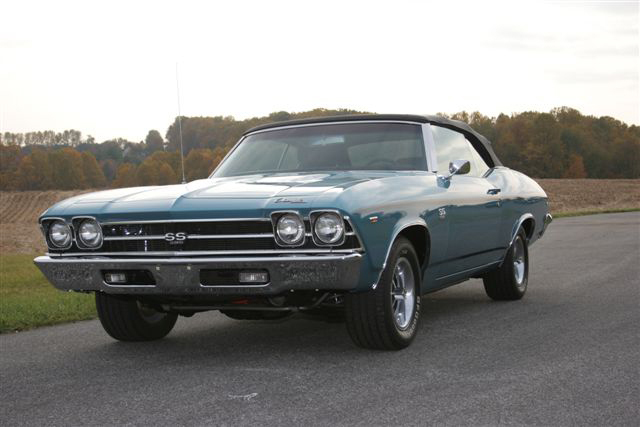 1969 CHEVROLET CHEVELLE SS 396 CONVERTIBLE - Front 3/4 - 71109
