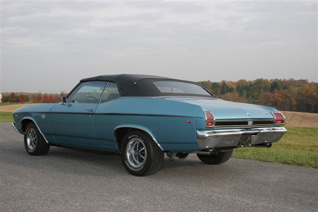 1969 CHEVROLET CHEVELLE SS 396 CONVERTIBLE - Rear 3/4 - 71109