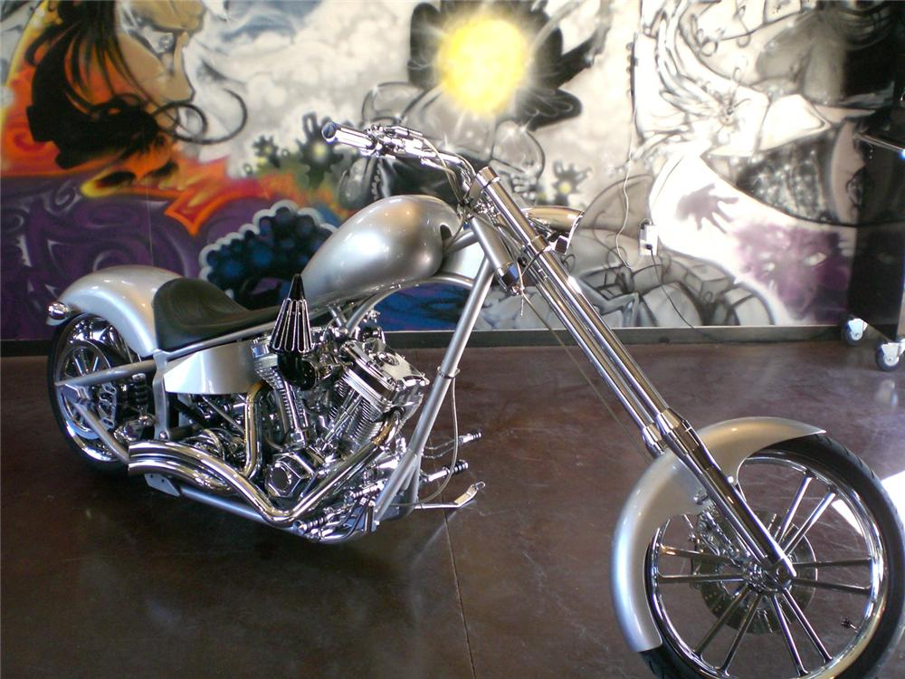 """2007 SPECIAL CONSTRUCTION CUSTOM CHOPPER """"SHOW STOPPER"""" - Front 3/4 - 71113"""
