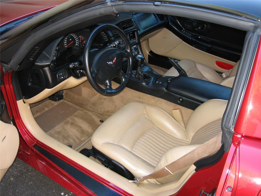2001 CHEVROLET CORVETTE COUPE - Interior - 71137