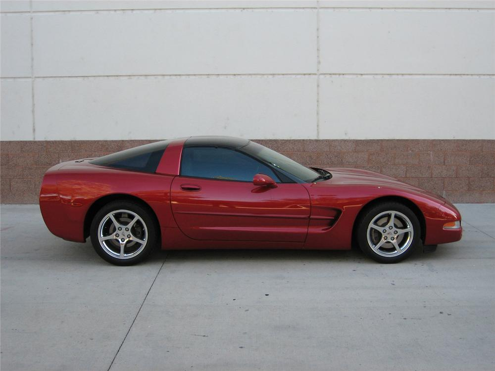 2001 CHEVROLET CORVETTE COUPE - Side Profile - 71137