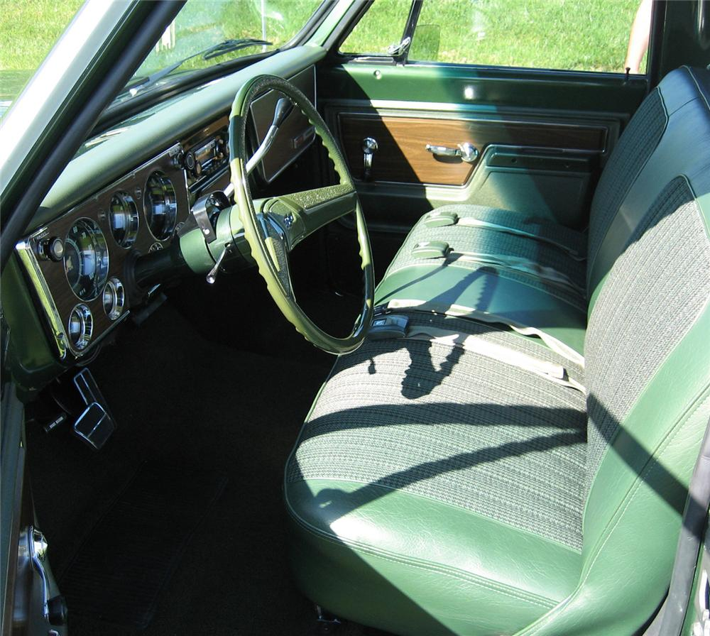 1972 CHEVROLET CHEYENNE SUPER 10 PICKUP - Interior - 71141