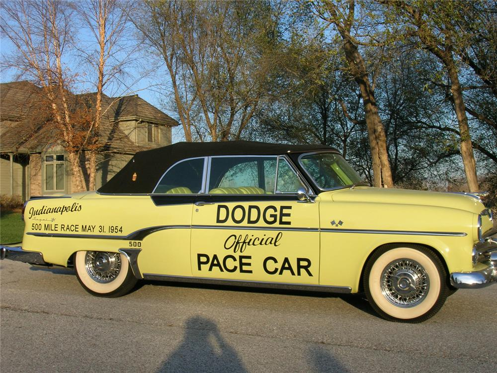 1954 DODGE ROYAL INDY 500 PACE CAR EDITION - Front 3/4 - 71174
