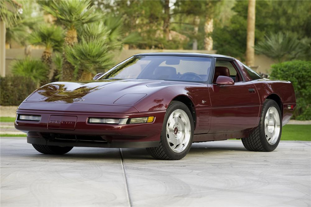 1993 CHEVROLET CORVETTE ZR-1 COUPE - Front 3/4 - 71176