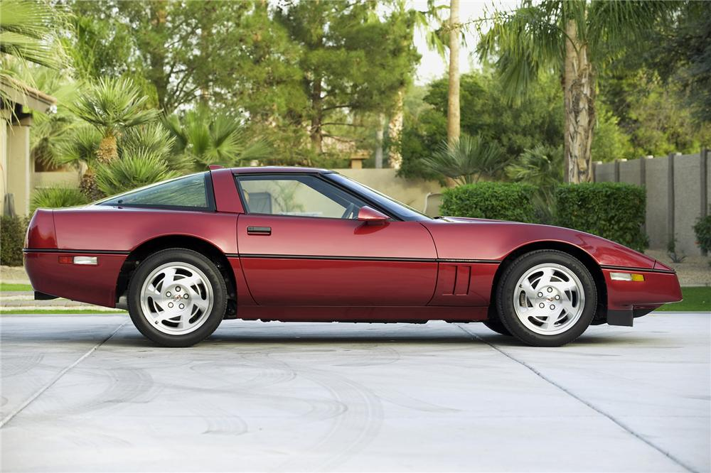 1990 CHEVROLET CORVETTE ZR-1 COUPE - Side Profile - 71177