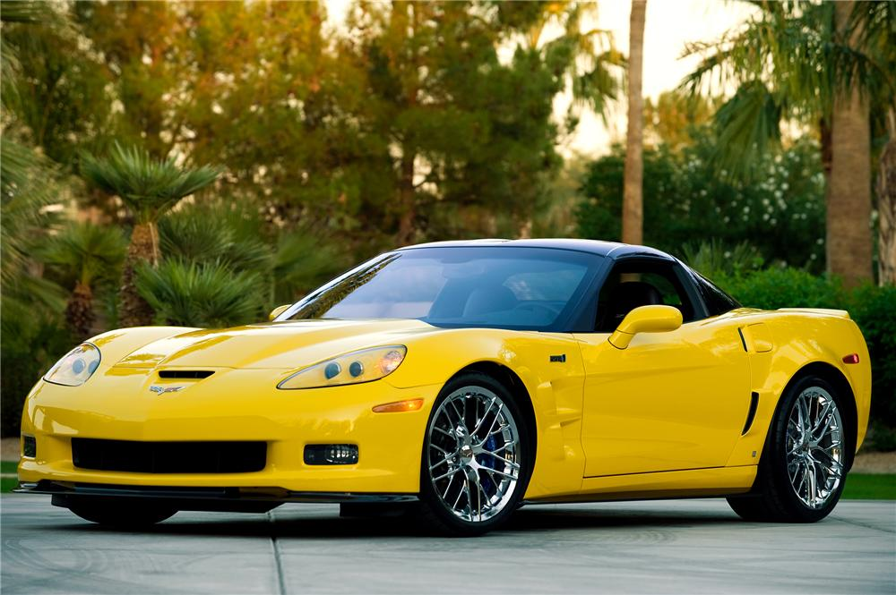 2009 CHEVROLET CORVETTE ZR-1 COUPE - Front 3/4 - 71178