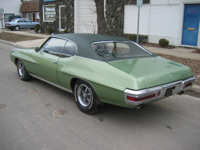 1970 PONTIAC GTO 2 DOOR COUPE - Rear 3/4 - 71183