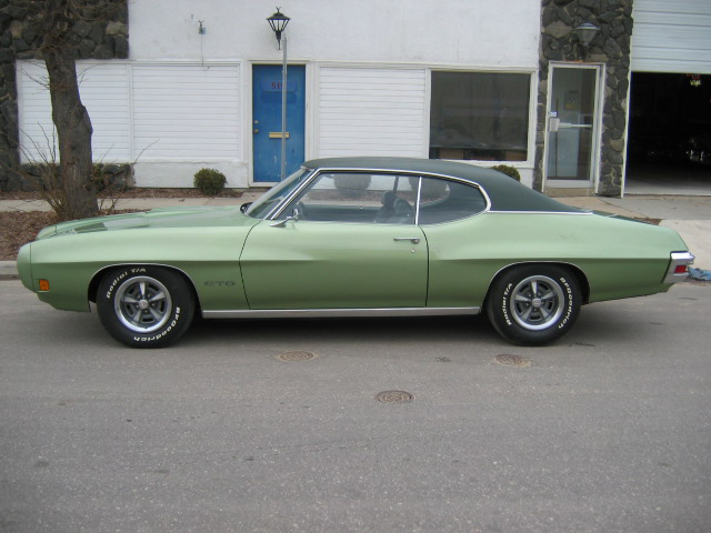 1970 PONTIAC GTO 2 DOOR COUPE - Side Profile - 71183