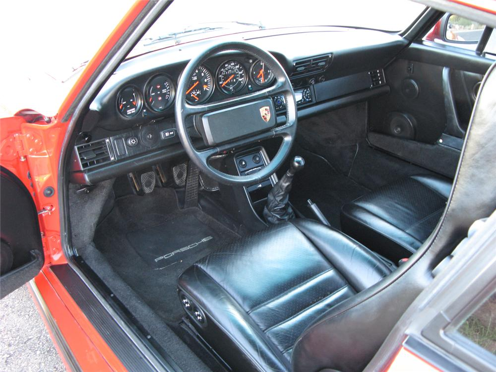 1989 PORSCHE 930S 2 DOOR COUPE - Interior - 71196