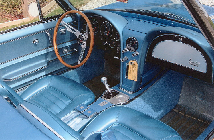 1966 CHEVROLET CORVETTE CONVERTIBLE - Interior - 71206