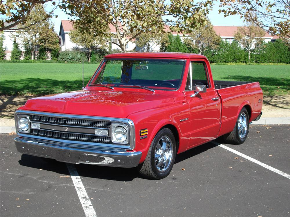 1969 CHEVROLET C-10 CUSTOM PICKUP - Front 3/4 - 71213