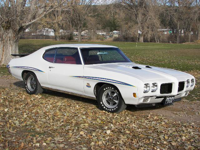1970 PONTIAC GTO JUDGE 2 DOOR HARDTOP - Front 3/4 - 71235