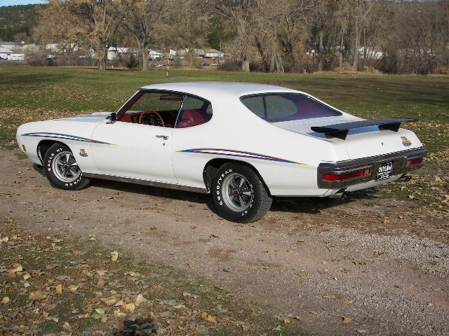 1970 PONTIAC GTO JUDGE 2 DOOR HARDTOP - Rear 3/4 - 71235