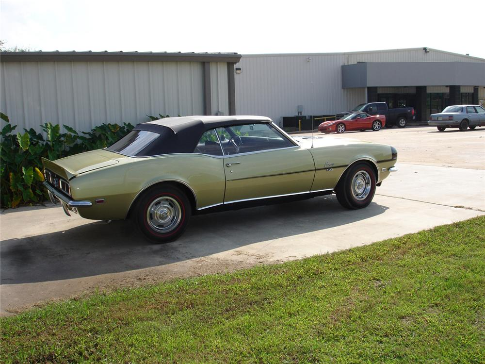 1968 CHEVROLET CAMARO RS/SS CONVERTIBLE - Rear 3/4 - 71246