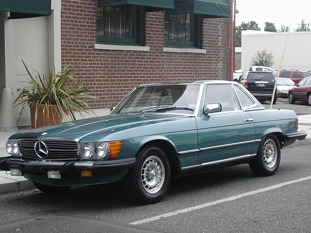 1982 MERCEDES-BENZ 380SL CONVERTIBLE - Front 3/4 - 71260