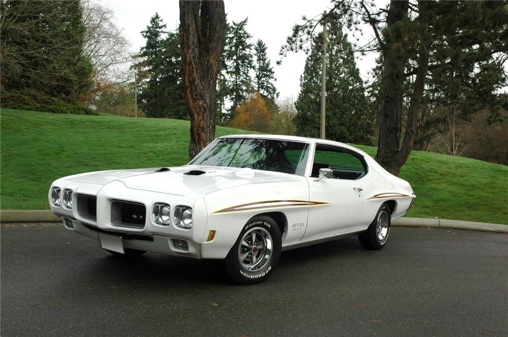 1970 PONTIAC GTO COUPE - Front 3/4 - 71269
