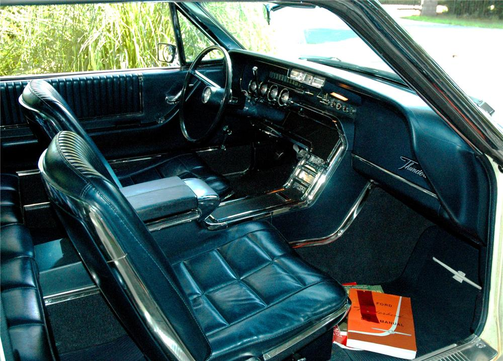 1966 FORD THUNDERBIRD CONVERTIBLE - Interior - 71271