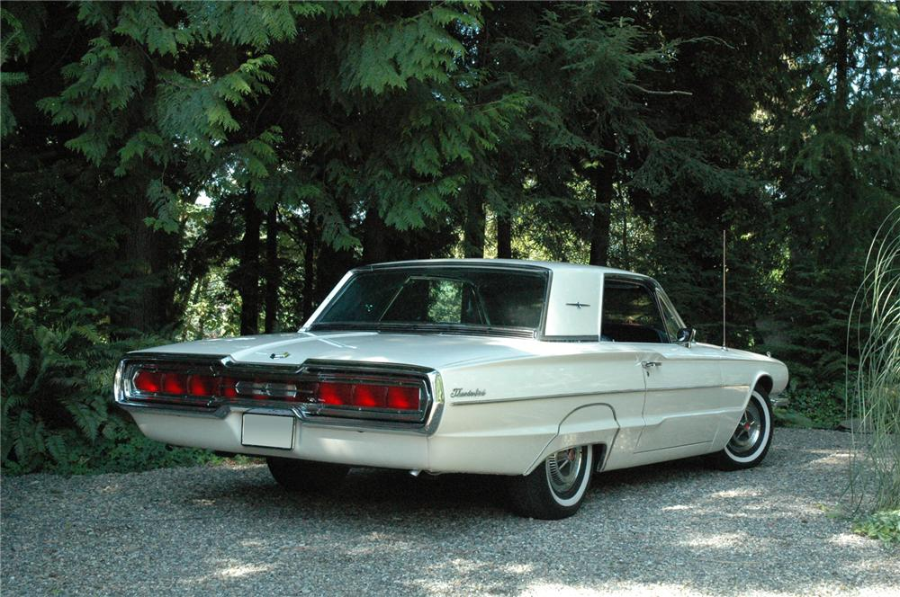 1966 FORD THUNDERBIRD CONVERTIBLE - Rear 3/4 - 71271