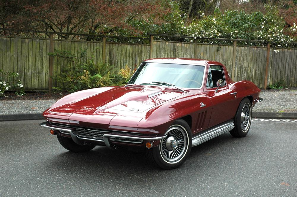 1966 CHEVROLET CORVETTE COUPE - Front 3/4 - 71276